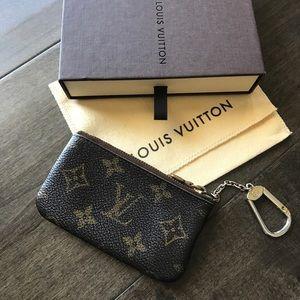 Louis Vuitton Monogram Key 🔑 Holder